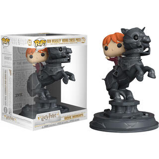 Figura Movie Moments Harry Potter Ron Riding Chess Piece-